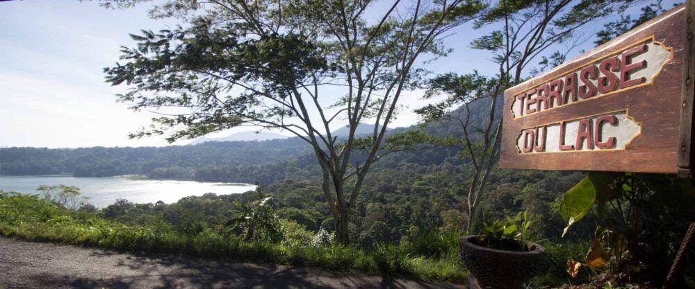 Terasse du Lac Tambligan Sari