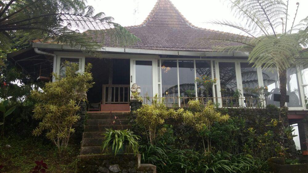Starlight Villas and Restaurant